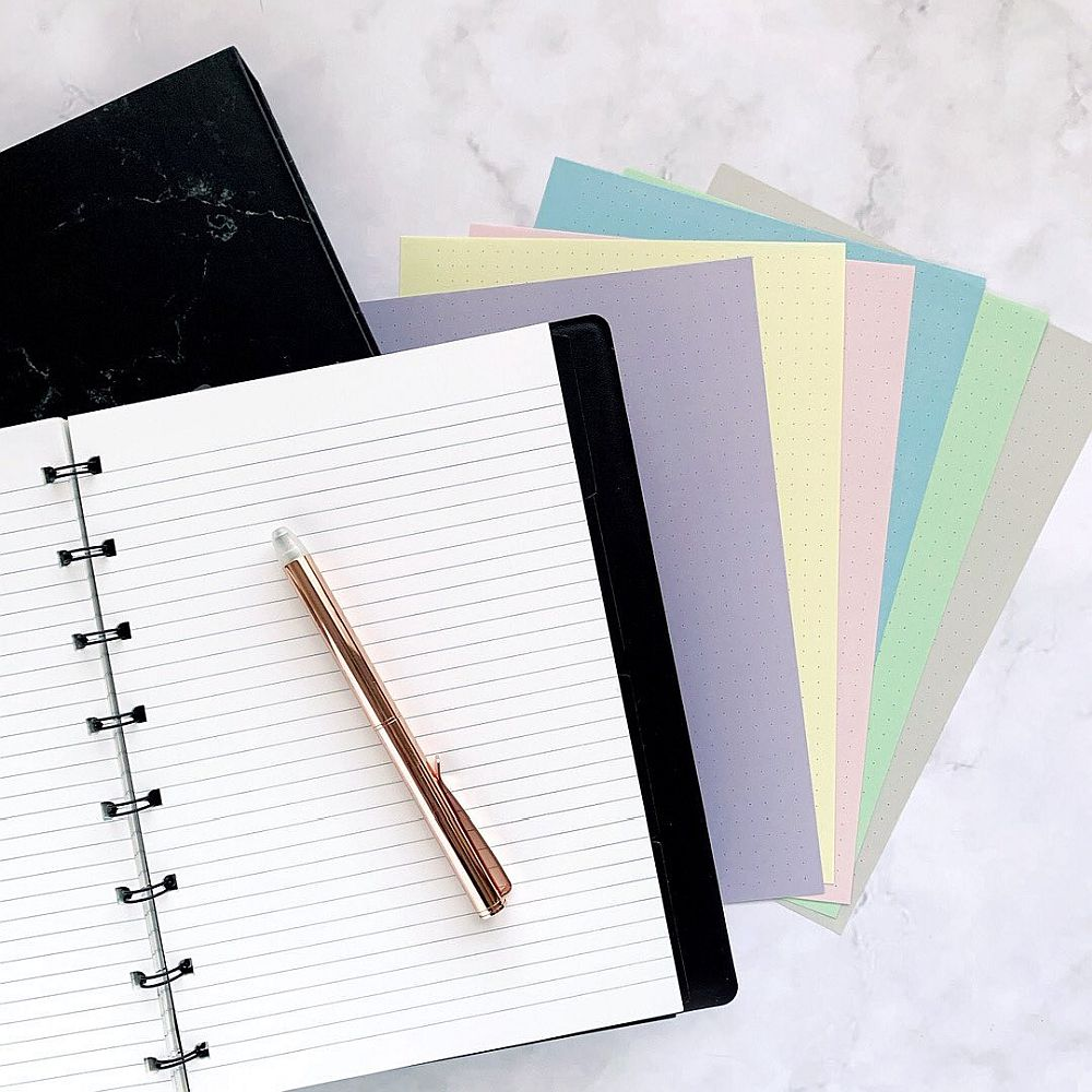 Agenda Notebook Saffiano cu spirala si rezerve A5 Black FILOFAX