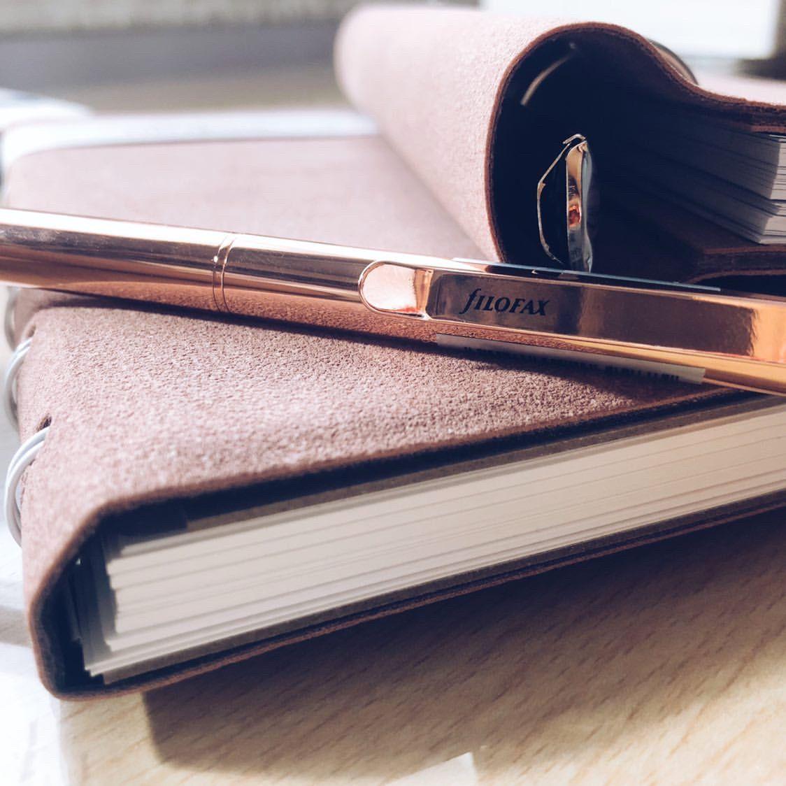 Agenda Notebook Architexture cu spirala si rezerve A5 Terracotta FILOFAX