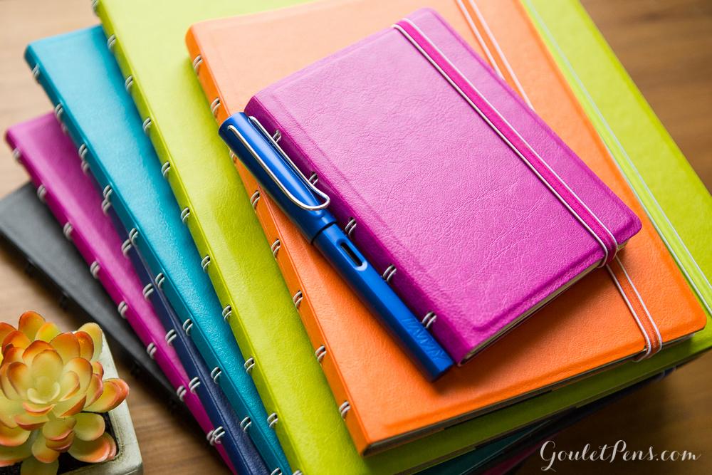 Agenda Notebook Classic cu spirala si rezerve A4 Pear FILOFAX