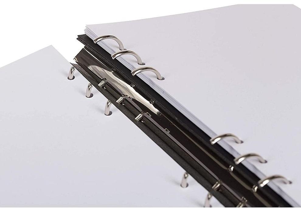 Agenda Clipbook Classic Black A5 cu inel si rezerve FILOFAX