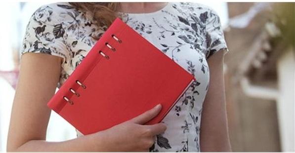 Agenda Clipbook Classic Poppy A5 cu inel si rezerve FILOFAX