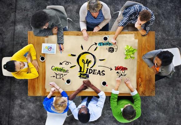 Idei creative de activitati pentru copii si adulti: Descopera-le si spune adio plictiselii !